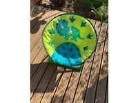 Kids fold out garden chair