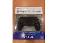 PS4 Sony V2 DualShock Wireless Controller Boxed Like New