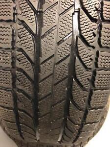 235-55-17 bfgoodrich hiver 4 pneu 6-7/32 et 7-8/32
