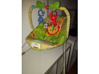 bouncer seat with soothing vibration
