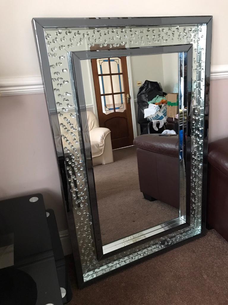 Large mirror- poplar floating diamond design
