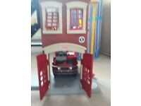 Fisher-Price Imaginext Emergency job bundle of Police, Ambulance & Fire vehicles incl Fire Station
