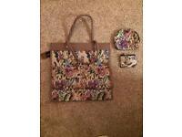 Brand New 3 piece Tapestry Bag Set