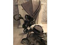 Stokke xplory v4 black melange with carrycot, car seat isofix base, parasol and changing bag
