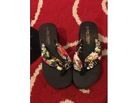 Brand new ladies flip flops size 5-6