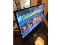 40 inch tv with built in freeview excellent condition