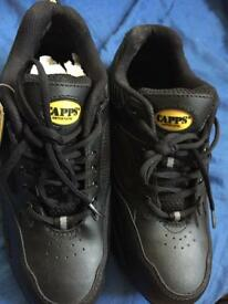 safety shoes size 9 CAPPS