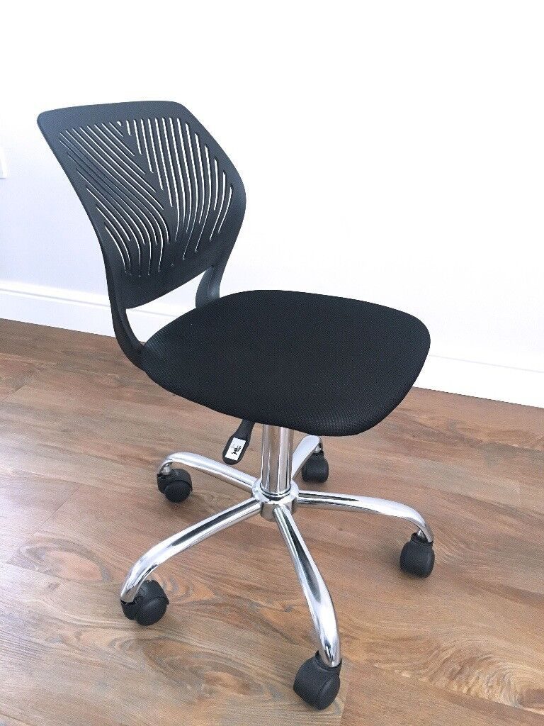 Compact Soft Cushioned Office Desk Chair