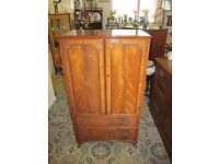 1930s Queen Anne Style Flame Mahogany Tall Boy / Cabinet / Cupboard On Chest