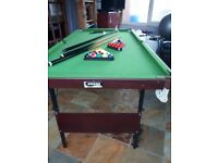 Small pool/snooker table and accessories