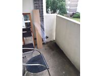 3 double bedrooms in lovely flat, between Golders Green and Finchley Road. Gardens, balcony, parking