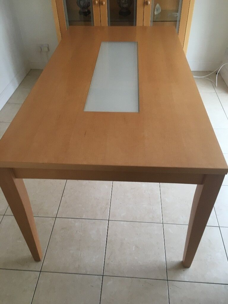 DINING ROOM TABLE WITH GLASS CENTRE