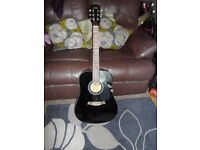 ACOUSTIC GUITAR, ONLY USED COUPLE OF TIMES