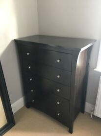 Mirror & Chest of Drawers
