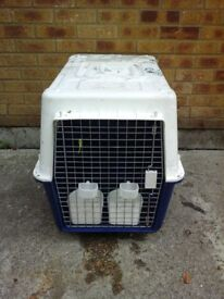 Medium animal cage/cargo carrier box & water/food feeders RRP £120 US £40 Only