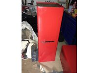 snap on side cabinate in red with keys
