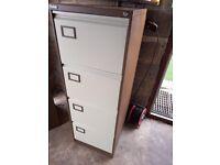 4 drawers metal filing cabinet ( i have 4 )