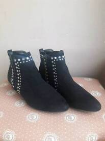 Black ankle boots. Size 7