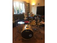 Pearl Vision VBL Clear Birch 4pc Drum kit and Hardware