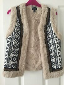 Womens Lined Gillet