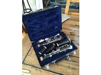 Hardly Used Signet Clarinet -Black - Learning Clarinet with case- Great Condition