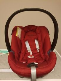Cybex Aton Car seat red including baby inlay - excellent condition