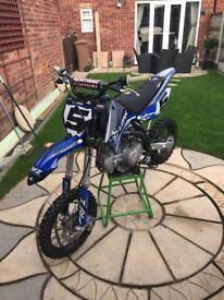Lucky MX RFZ LMX 125 pitbike