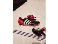 Predator mania football boots size 9
