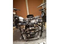Roland td25 electric drum kit+amps