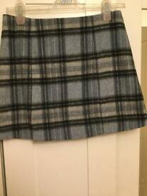 Cute tartan mini skirt Size 10