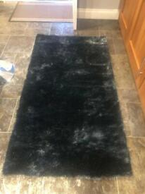 New Glitter sparkle rug - charcoal 80 x 150cms