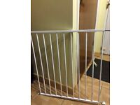 Stairgate that fixes to the wall (top of stairs)