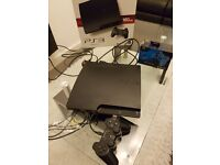 Ps3 slim two controllers (160gb) with box