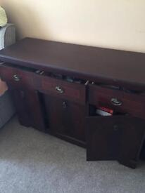 Mahogany sideboard with three drawers +3 cupboards