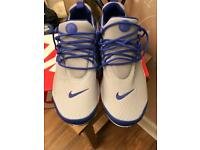 Nike size 8 trainers never worn in box