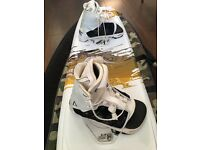 Mike Schwenne Signature Wakeboard with Liquid Force binding, Board bag incl.