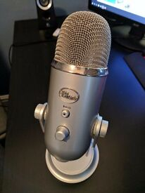 Blue Yeti Microphone - Barely used - Unboxed