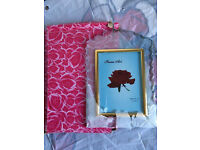 Small glass picture frame, quick sale at only £5, brand new, costs £14.95