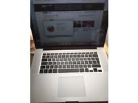Macbook Pro i7 2.3GHz 16GB RAM 256GB HD - Magic Mouse and Wireless Keyboard