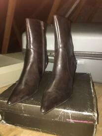 New kitten ankle boots Jones real leather size 6