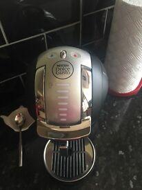 Gusto coffee maker