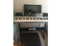 36 KEYS KID'S PIANO FULLY WORKING WITH MICROPHONE AND STOOL....