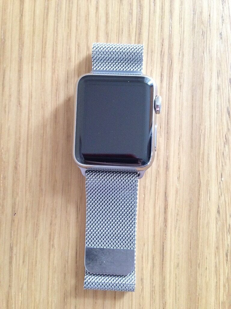 Apple watch 38mmin Sheffield, South YorkshireGumtree - Apple watch (38mm case) Stainless steel Sapphire Crystal Retina Display Ceramic back Milanese loop (stainless steel and magnetic closure)