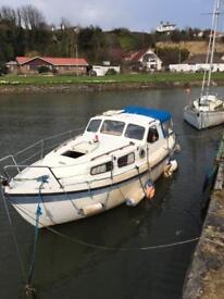 Lm 24 motor yacht