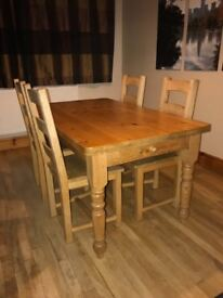 Solid Pine Wood Farmhouse Style Dining Table And Chairs 4