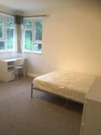 Twin size room furnished in new refurbished flat in Kilburn
