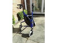 Tri walker with wheels and bag collect Glenfield LE3