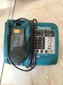 Makita DC18RA Fast Charger