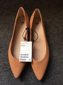 Brand new H&M shoes, size 6.