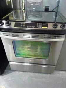 211- Four Cuisiniere WHIRLPOOL STAINLESS  Stove Oven